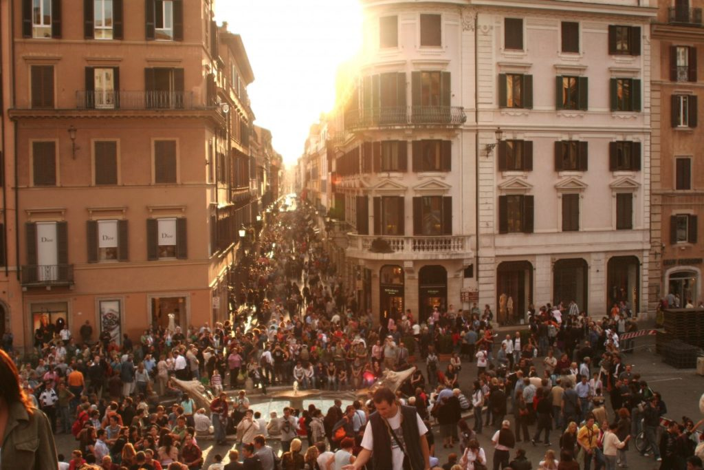 folla-piazza