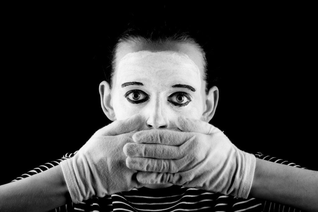 silenzio-mimo-non-parlare